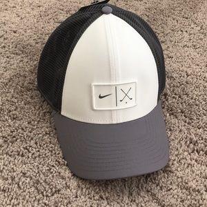 NWT Nike golf cap